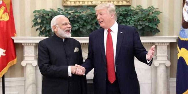 donald-trump-with-pm-narendra-modi